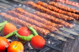 İstanbul'da Adana Kebabı Ve Yemeklerini En İyi Yapan Mekanlar