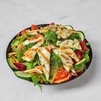 Izgara Hellim peyniri, Mevsim yeşillikleri,Kuru Kayısı , cherry domates, salatalık, dereotu, maydanoz, kornişon turşu / Grilled Halloumi cheese, greens, apricots, cherry tomatoes, cucumber, dill, parsley, pickles