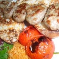 8 adet 200 gr. köfte bulgur pilav közde domates biber soslu ekmek