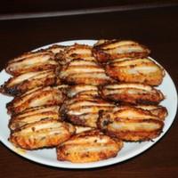 1 kg  24 adet jumbo kanat KÖZDE DOMATES BİBER ve soslu ekmek