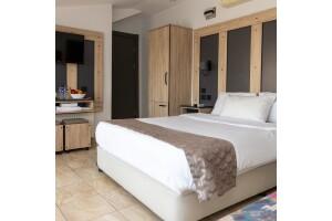 Galley Hotel'de Çift Kişilik Konaklama Seçenekleri