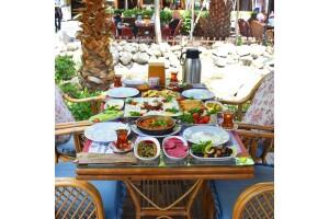 Bakırköy Şehristan Cafe & Restaurant Serpme Kahvaltı Keyfi