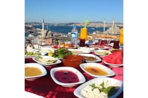 Süleymaniye Şehr-i Saadet Cafe'de Denize Nazır Serpme Kahvaltı Keyfi