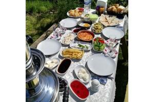 Mimoza Park Restaurant'tan Lezzet Dolu Organik Serpme Köy Kahvaltısı