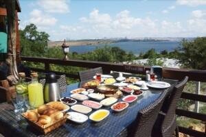 Safran Elite Mangal'da Sınırsız Çay Eşliğinde Enfes Kahvaltı