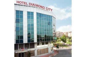 Diamond City Hotel Zeytinburnu'nda Kahvaltı Dahil Konaklama