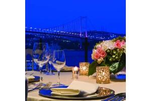 Radisson Blu Bosphorus Hotel'de Çift Kişi Yarım Pansiyon Konaklama